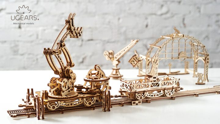 Ugears Rail Manipulator Mechanical Town Series (3)
