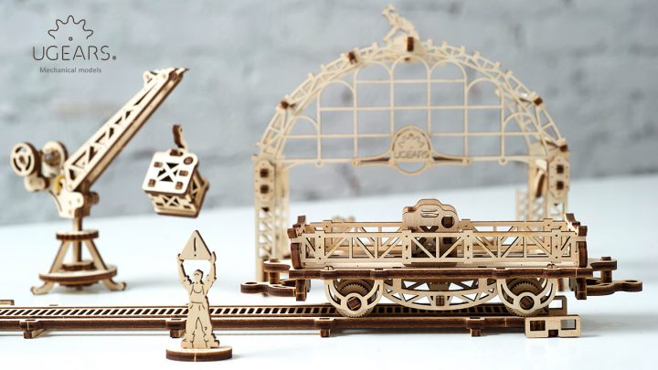 Ugears Rail Manipulator Mechanical Town Series (6)