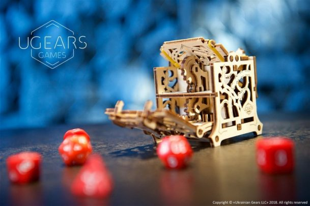 13-Ugears-Dice-Keeper-Mechanical-device-max-1000
