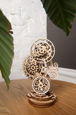 Ugears-Steampunk-Clock-Mechanical-Model_6-max-1000